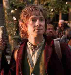 Hobbit_scene_holding_stick_in_hand